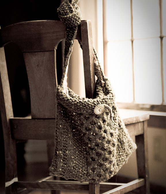 Knit hand bags