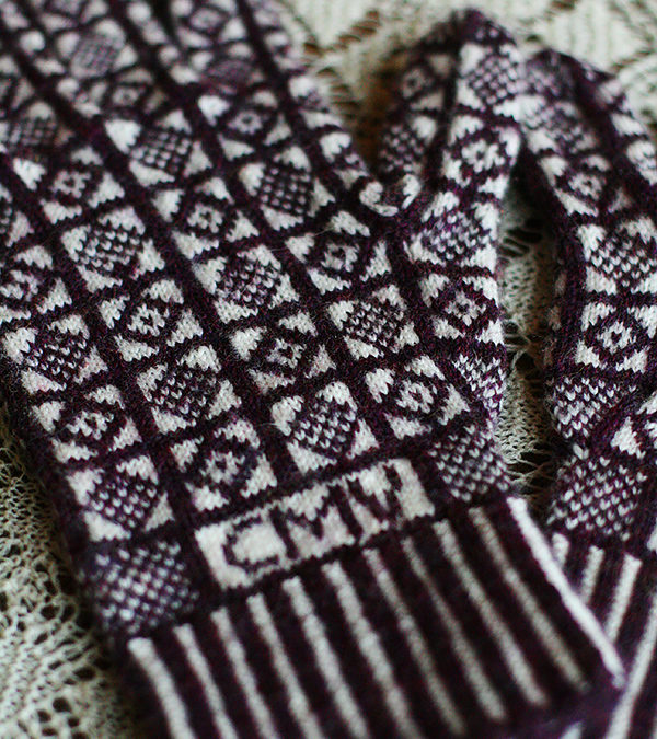 Haunted Scottish castles and knit gloves?